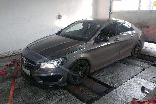 Mercedes CLA 2,5 TURBO 2014r.